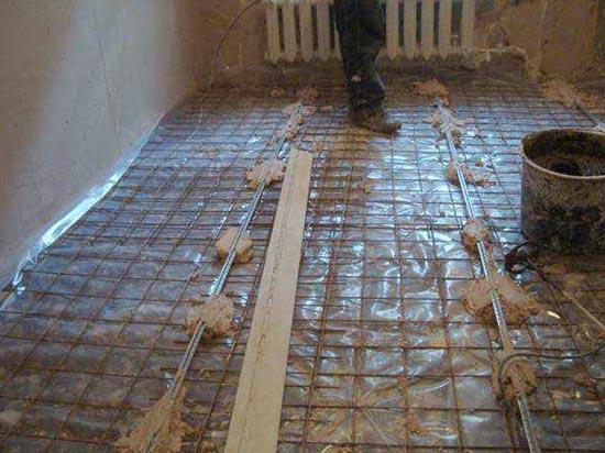 Установка маяков в бетонной стяжке