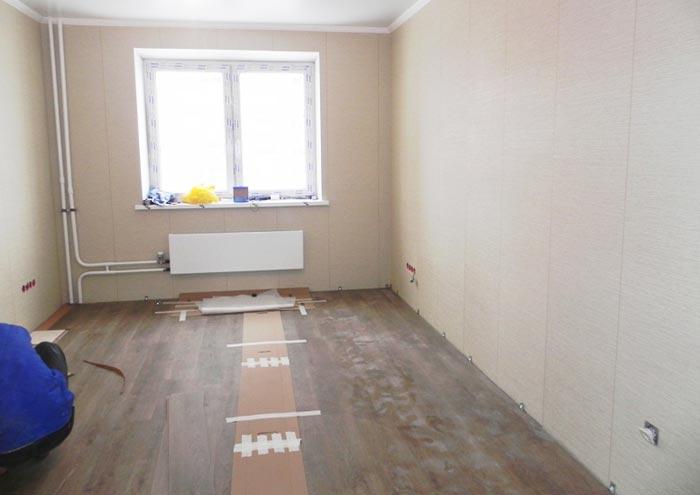 Перед ремонтом пола помещение нужно освободить полностью