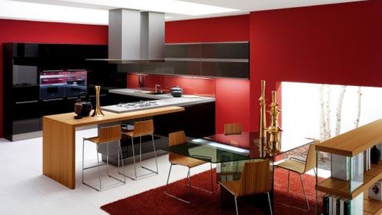 Яркие цвета в интерьере кухни с залом
