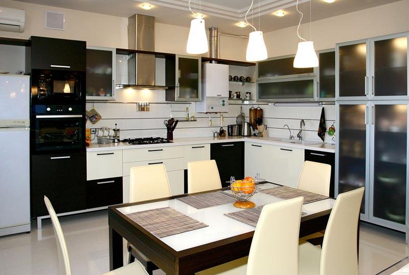 Дизайн кухни с разделением границ между залом и столовой