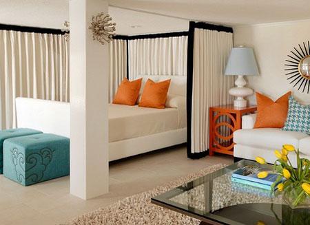Дизайн гостиной спальни со стелажами
