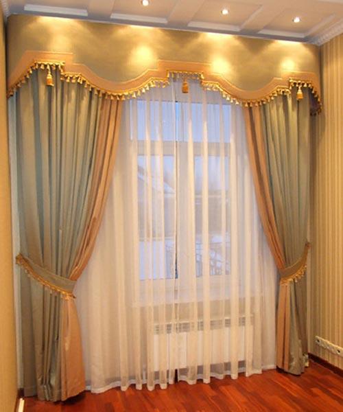 Какие повесить шторы в маленькую комнату