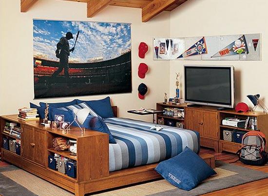Дизайн комнаты с картиной и обоями