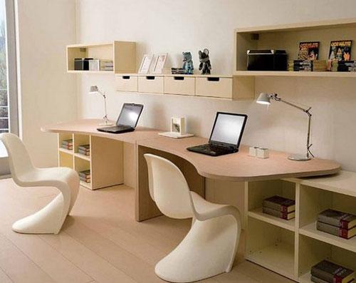 Дизайн рабочего места в комнате где проживают два ребенка