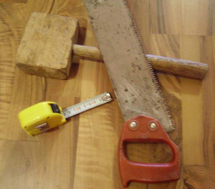 Инструменты используемые при укладке ламината самому