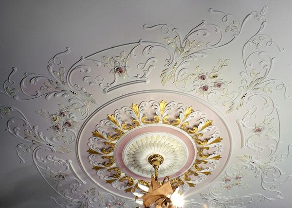 лепнина для потолка, декоративная розетка