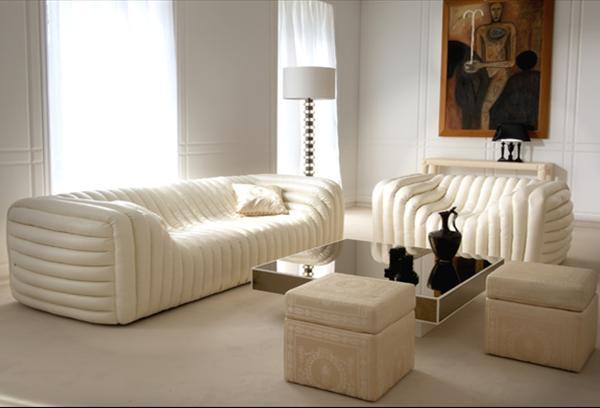 надувная мебель, светлая мебель, надувной диван, интерьер гостиной, надувное кресло