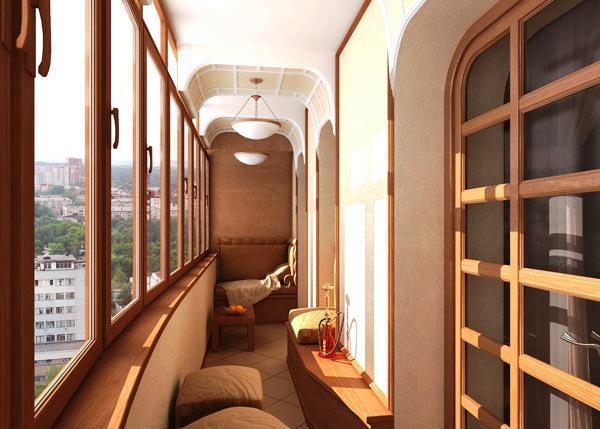 лоджия оформленная в светлых бежевых тонах, с плиткой на полу, табуретками, маленьким диваном, тумбой, кафельным полом