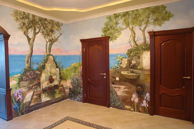 Художественная роспись стен в комнате