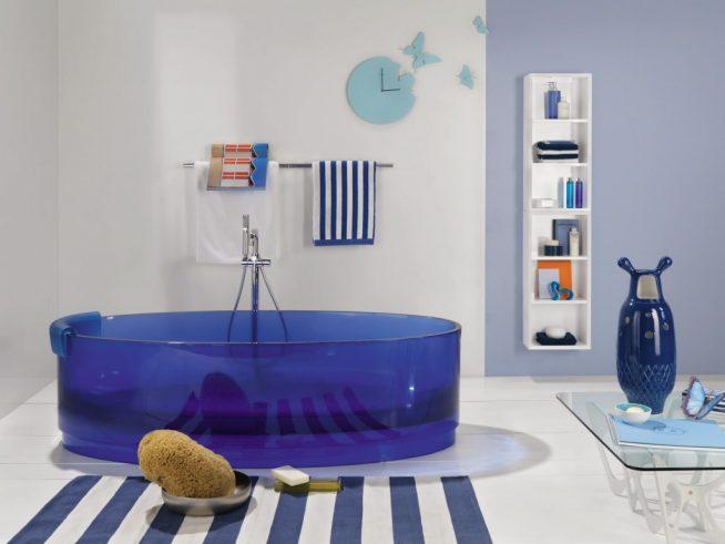 Прозрачная акриловая ванна