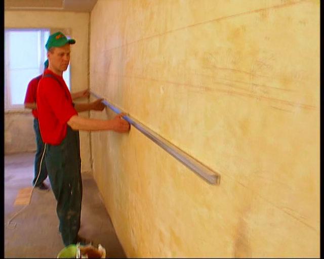 Измерение неровности стены