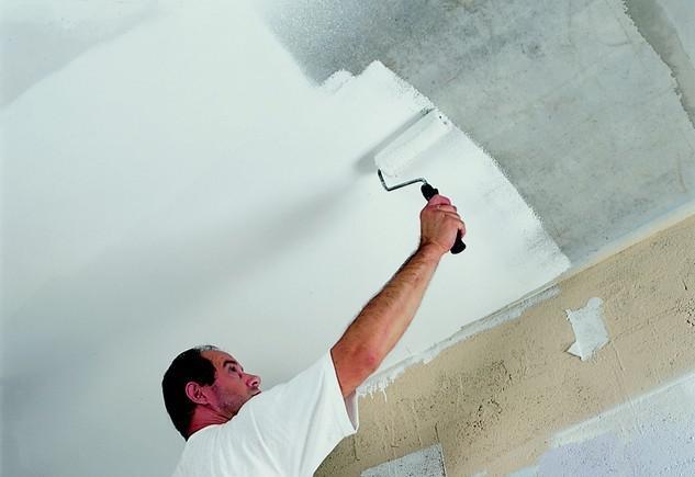 Самостоятельная покраска потолка