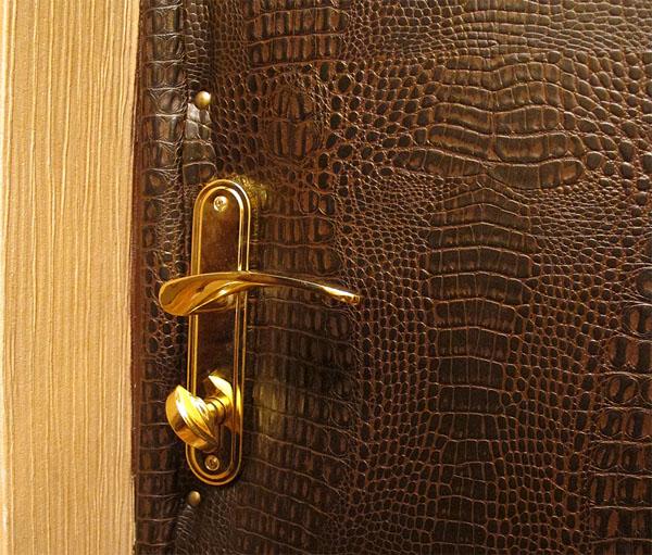 Входная металлическая дверь с утеплением