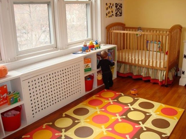 Закрытый радиатор отопления в детской