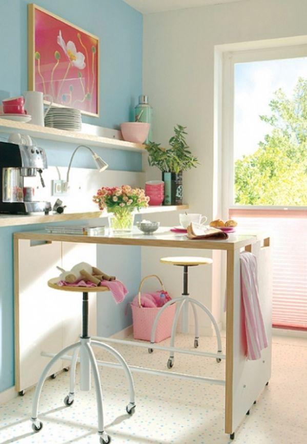 Ощущение дополнительного пространства на узкой кухне