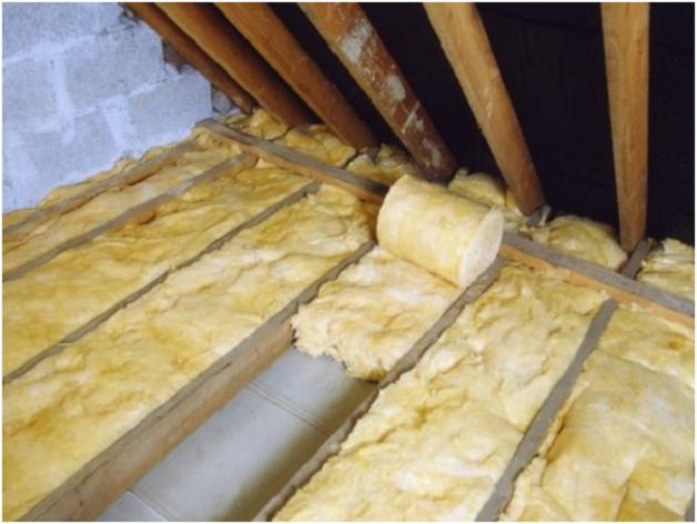 Утепление потолка в деревянном доме: лучшие способы 26