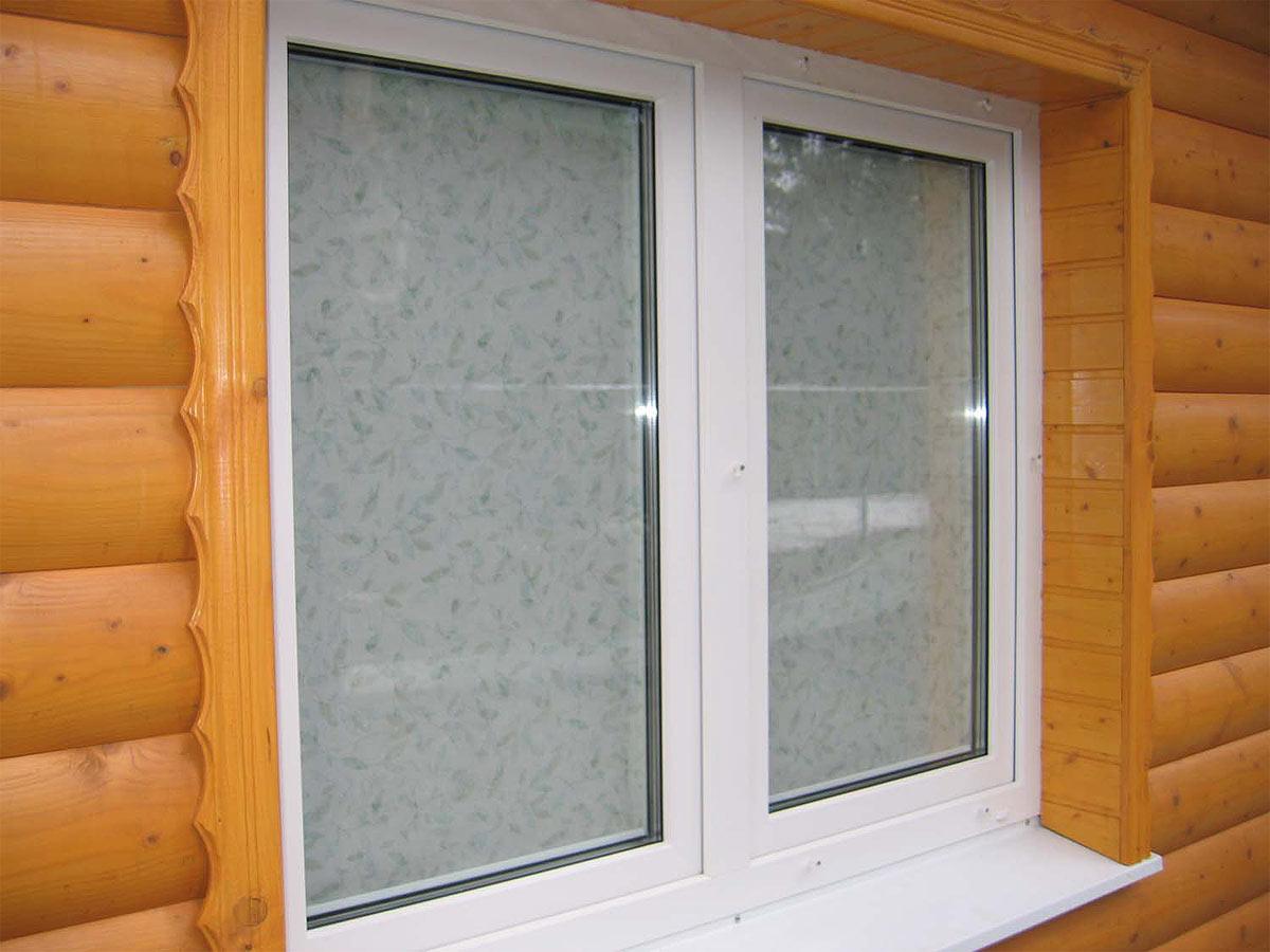 Пластиковые и деревянные окна: за и против