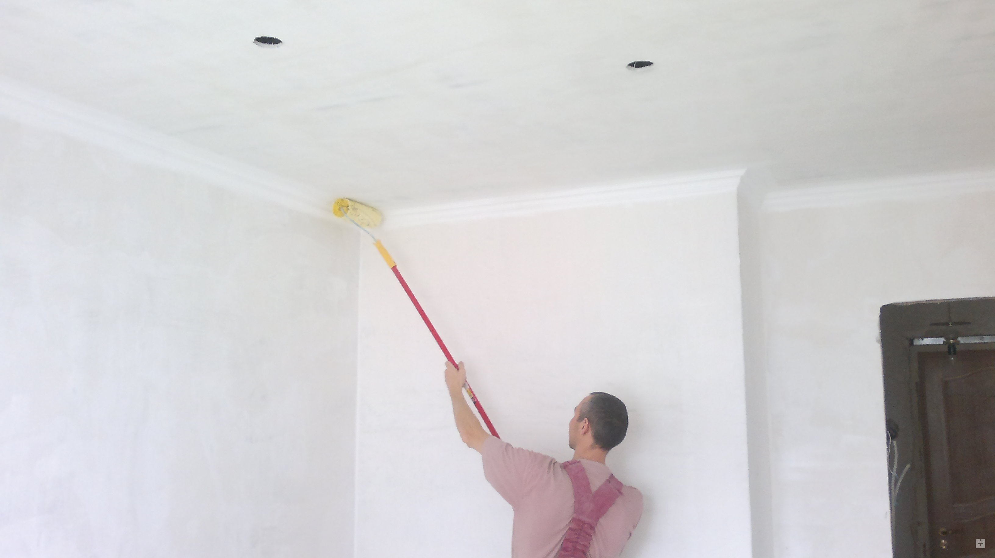 Выравниваем потолок самостоятельно