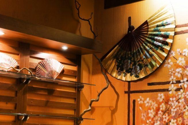 Веера в японском стиле