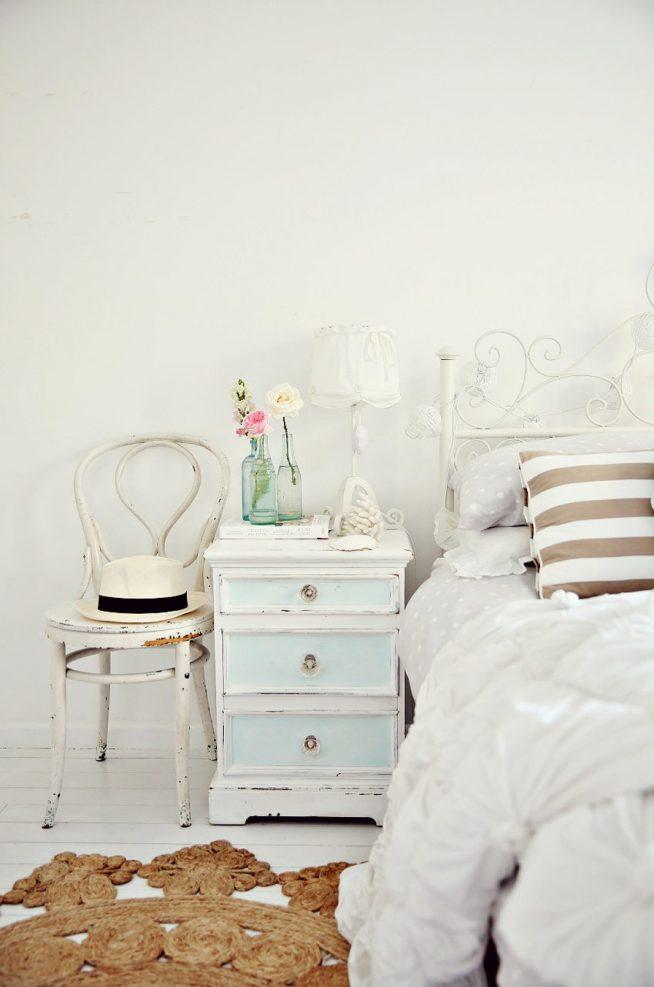 Использование белого цвета при оформлении стен
