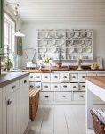 Кухонное оформление в стиле шебби-шик