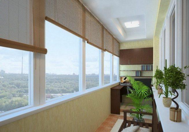Монтаж рам на узком балконе