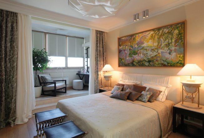 Мягкая мебель на лоджии, совмещённой со спальней
