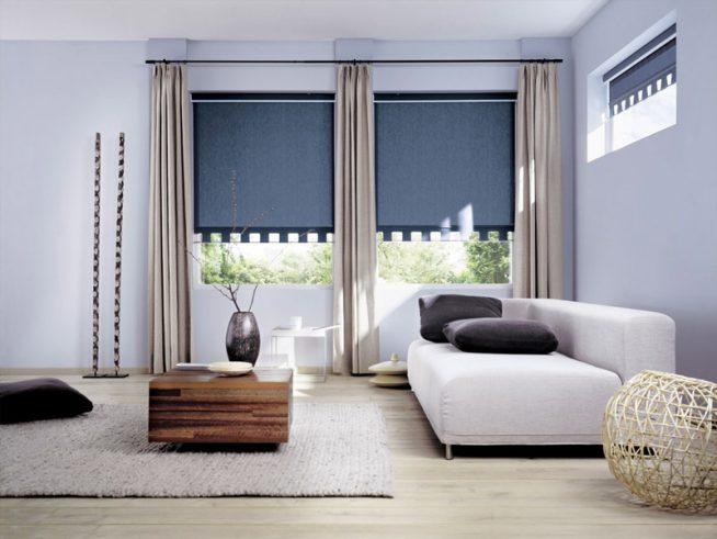 Рулонные шторы в сочетании с портьерами