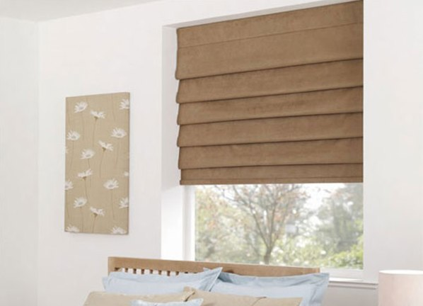 Римские светло-коричневые шторы