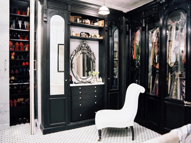 Черная гардеробная