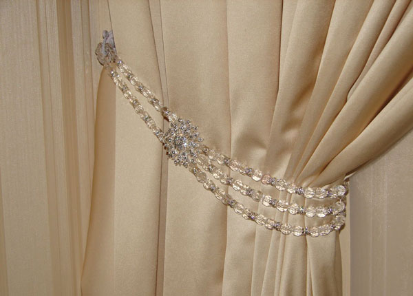 Подвязка из стекляруса