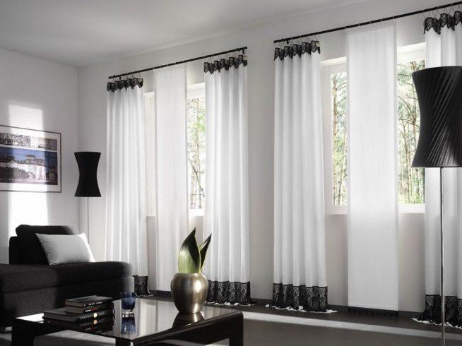 Портьеры для гостиной с окантовкой