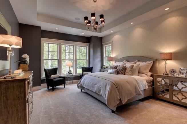 Кровать в американской спальне