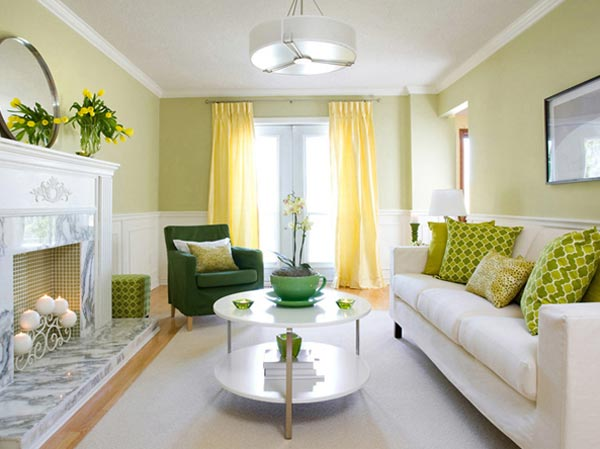 Дизайн с применением натуральных обоев в гостиной