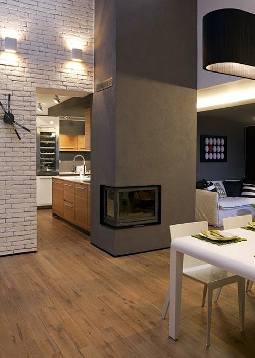 Дизайн кухни с камином