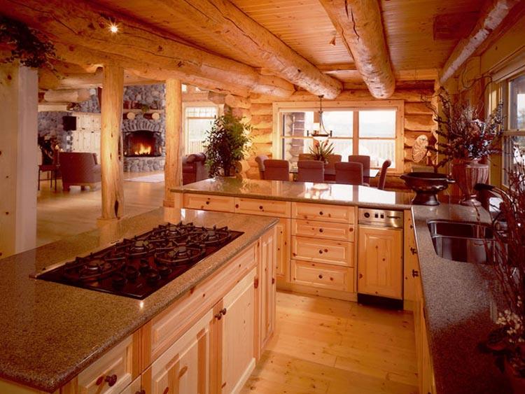 Деревянная отделка кухни в деревянном доме