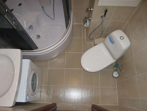 Дизайн объединенной душевой кабинки с туалетом