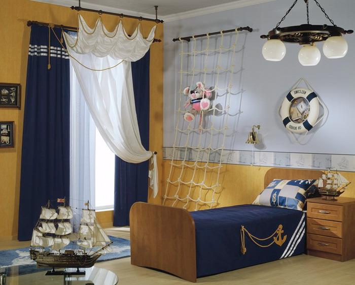 Дизайн маленькой комнаты в морском стиле