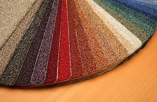 Разнообразие цветовой палитры коврового покрытия для настила напол в прихожую