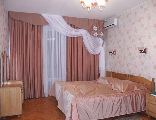 Как смотрятся шторы из льна и хлопка в дизайне спальни