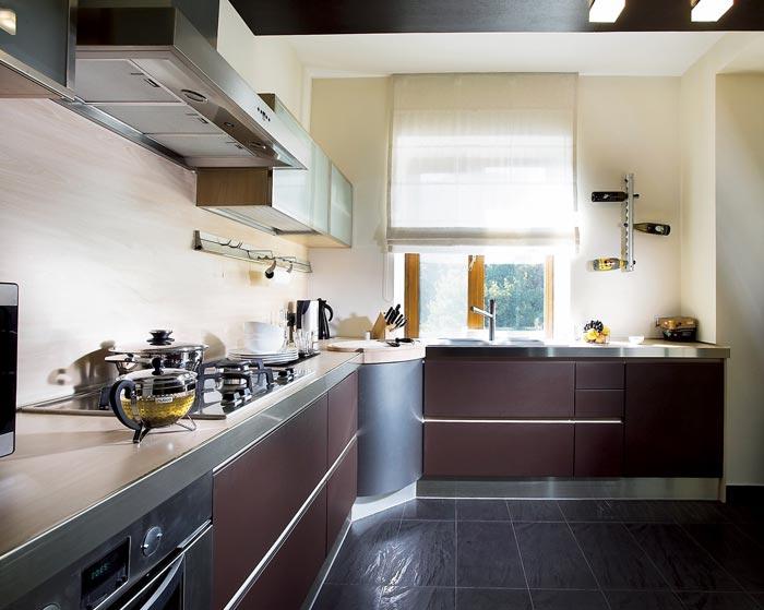 Как выглядит стиль Хай-Тек в дизайне кухни
