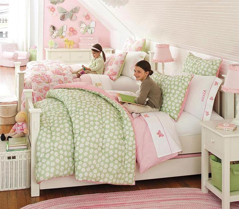 Интерьер комнаты для двух сестер