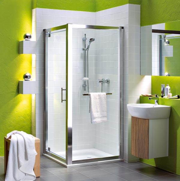 Дизайн интерьера ванной комнаты выполненный в ярких цветах