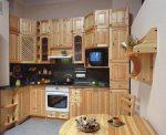 dizajn-kuxni-s-ventilyacionnym-korobom-12