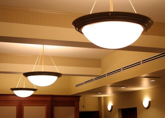 Подвесные светильники из матового стекла