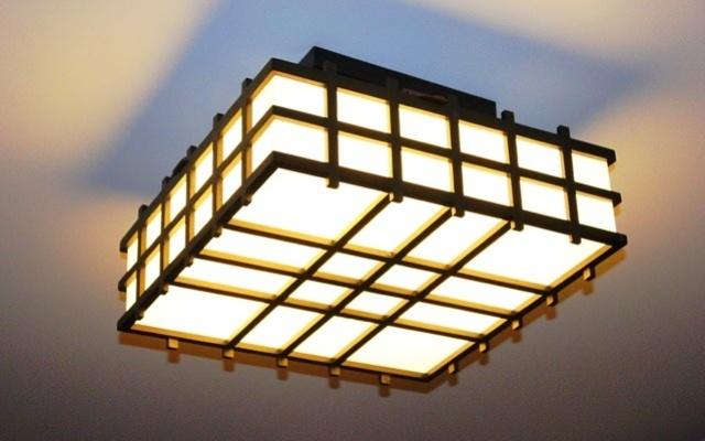 подвесная лампа, люминесцентные осветительные приборы, интересная потолочная лампа, лампа