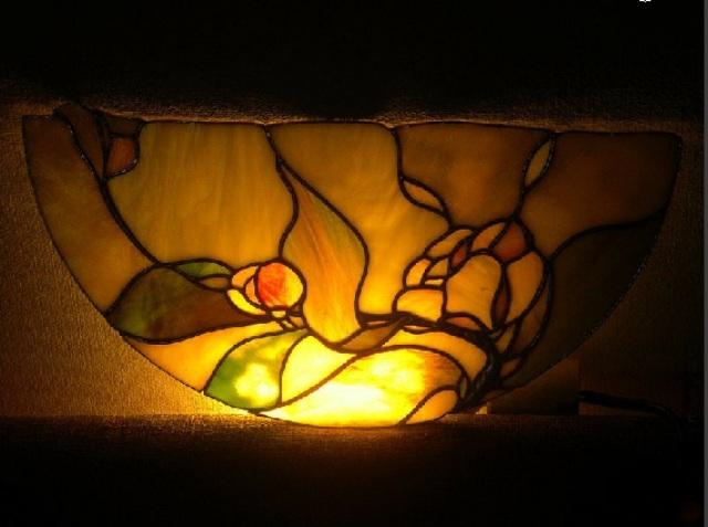 бра, освещение, настенный светильник, цветное бра
