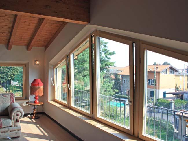 деревянные окна, окна, большие окна, вид из окна, окна в мансарду, окна нестандартной формы