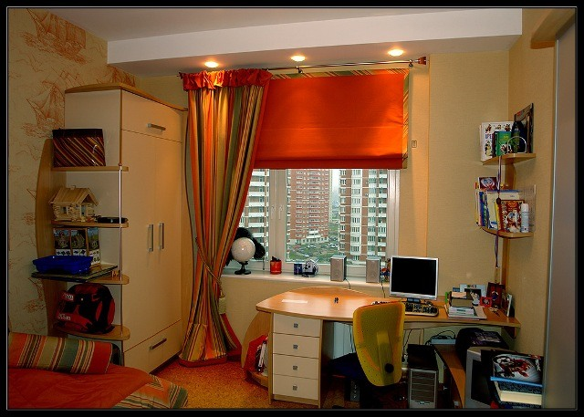 яркие шторы для комнаты подростка