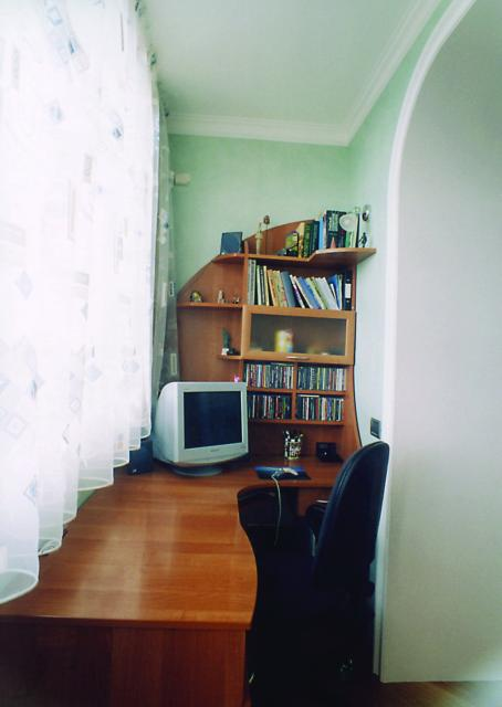 кабинет обустраивается на любом балконе
